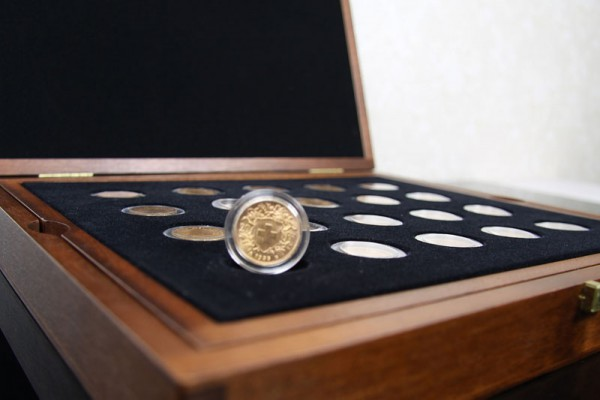 Investorenpaket 40 Goldmünzen 20 sfr Vreneli - Anlagegold nach § 25 UstG mehrwertsteuerfrei